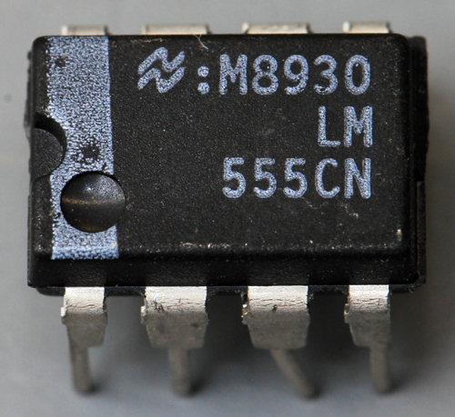 National Semiconductor LM555CN