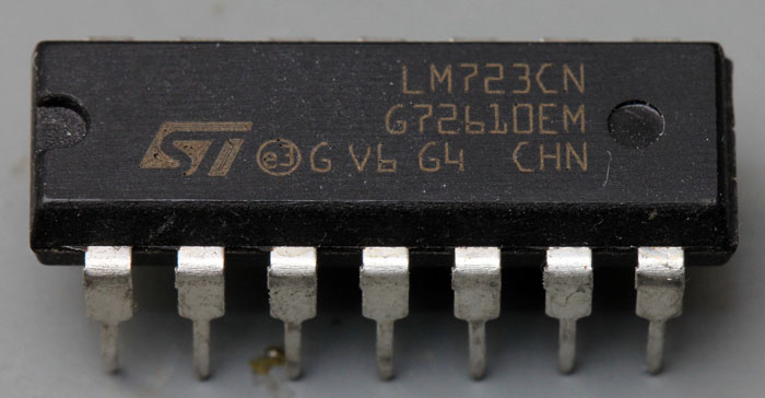 ST Microelectronics LM723CN
